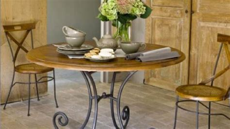 table ronde bois et fer forge la salle 224 manger adopte la table ronde