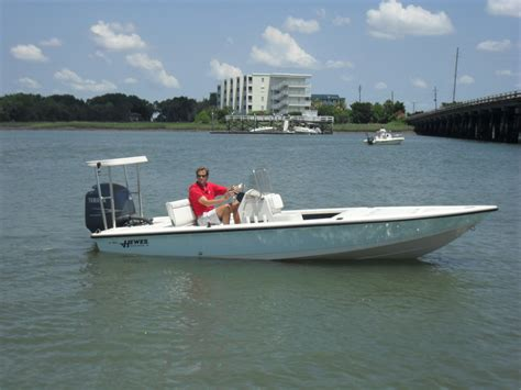 Hewes Boats Charleston Sc by 18 2005 Hewes Redfisher 22 500 The Hull Boating