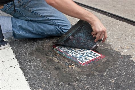 toynbee tiles a mysterious puzzle that spans the globe