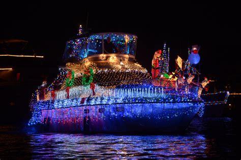 2016 newport beach christmas boat parade oc mom blog