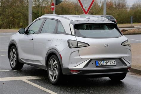 2019 Hyundai Fuel Cell Suv Spotted Outside  Suvs & Trucks