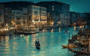 Car Lights Flickering by Venice Italy The Grand Canal Pictures Hd Wallpaper