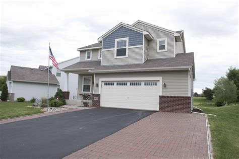 Top Deck Farmington Mn by Re Max Results Price Reduced Two Story In Farmington