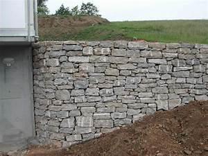 Mauer Bauen Lassen Kosten : naturstein natursteinmauer bodenbelag naturstein bel ge ~ Frokenaadalensverden.com Haus und Dekorationen