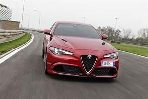 Alfa Romeo Giulia Quadrifoglio Occasion : 2016 alfa romeo giulia quadrifoglio review caradvice ~ Gottalentnigeria.com Avis de Voitures