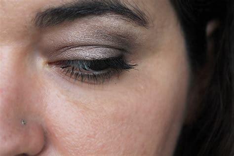 Comment se maquiller les yeux ? . Les étapes