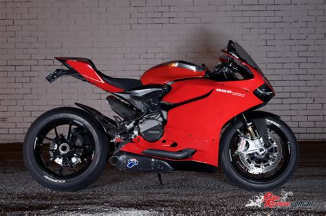 Ducati 899 Panigale by Custom Ducati 899 Panigale Corse Edition Bike Review