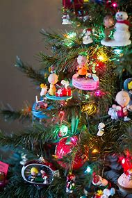 charlie brown christmas decorations charlie brown snoopy christmas decorations snoopy christmas tree - Charlie Brown Christmas Decorating Ideas