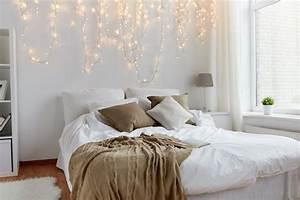 1001 bricolages et idees pour fabriquer une tete de lit With tapis chambre bébé avec guirlande de fleurs lumineuse