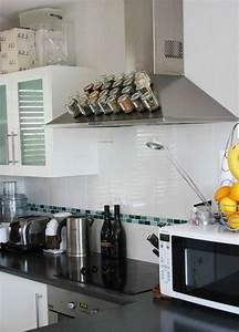 Ideen Für Kleine Küchen : aufbewahrung von gew rzen magnetische oberfl che in der k che 25 gew rzaufbewahrung ideen ~ Bigdaddyawards.com Haus und Dekorationen