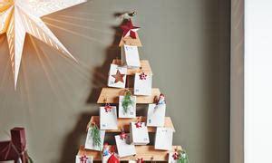 adventskalender aus holz selber machen tannenbaum adventskalender selbst de