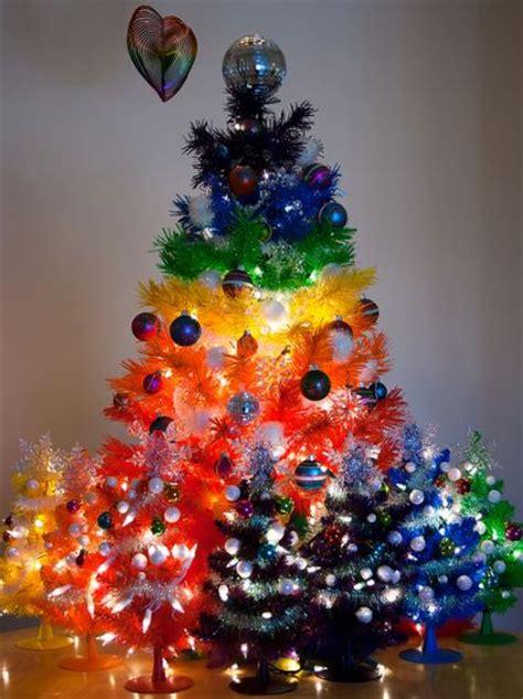 how to do christmas tree decorations artificial