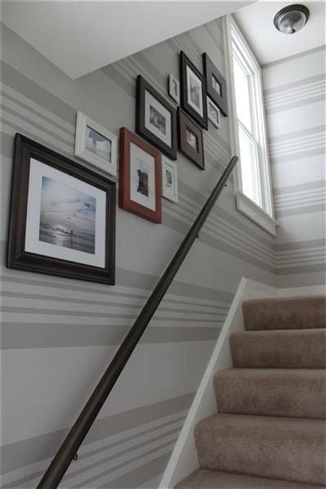 striped walls guest room idea painting stripes  walls striped walls stairway decorating