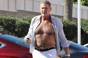 David Hasselhoff 2018 : button it hoff baywatch star lets it all hang out as he strides towards hollywood restaurant ~ Medecine-chirurgie-esthetiques.com Avis de Voitures