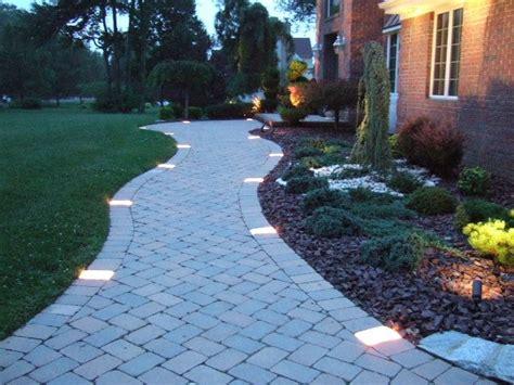 Best + Walkway Lights Ideas On Pinterest