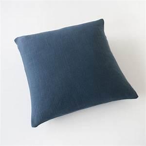 Housse De Coussin 65x65 : housse de coussin 65x65 en lin natt bleu nuit 100 made ~ Dailycaller-alerts.com Idées de Décoration