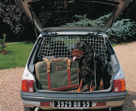 grille de coffre pour chien 28 images couverture de