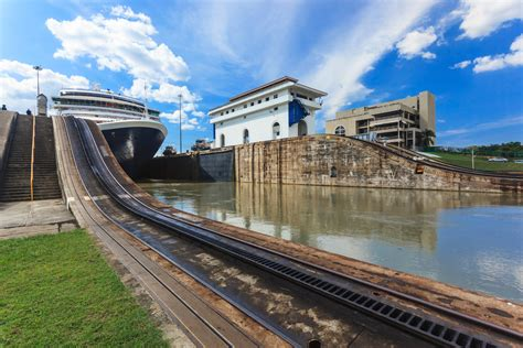 Panama Canal: 10 Super Cool Facts You Didn't Know