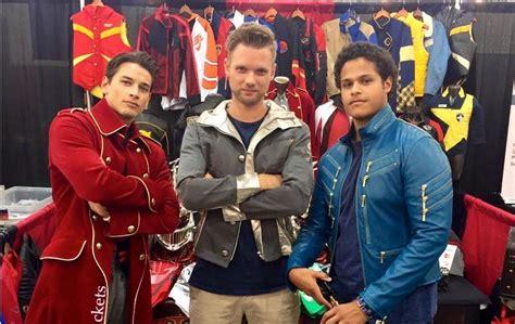 see the power rangers megaforce cast wear gokaiger jackets