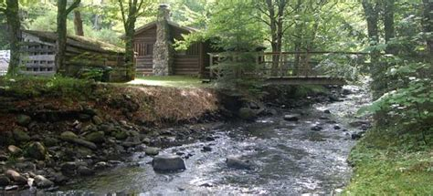 cabins rates rustic log cabins