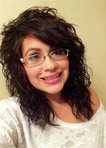 Long side bangs with layered cut for natural curly hair ...