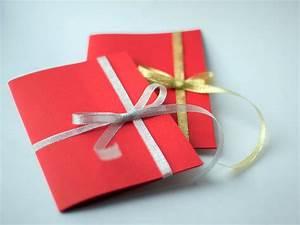 Gutschein Geschenke Verpacken : gutschein verpacken die 5 besten ideen f r ein sch nes geschenk ~ Watch28wear.com Haus und Dekorationen