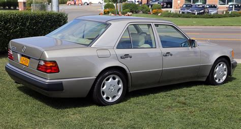 how do i learn about cars 1992 mercedes benz w201 electronic valve timing file 1992 mercedes benz 500e w124 036 rear right jpg wikimedia commons