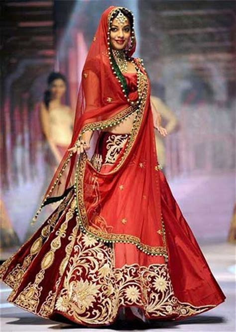 Indian Wedding Outfits Based On Modern Wedding Themes