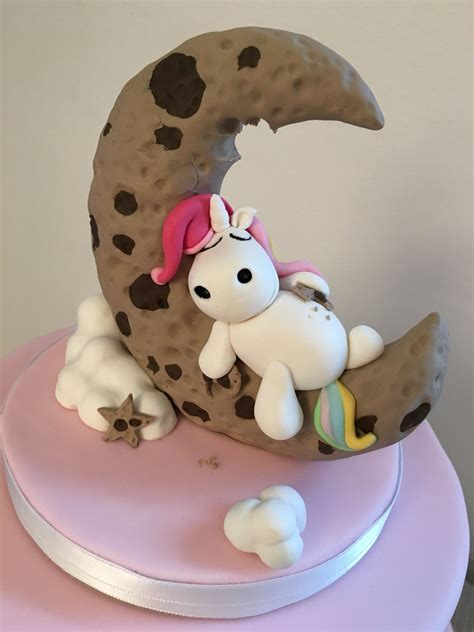 einhorn deko torte einhorn unicorn fondant pummeleinhorn keksmond cake inspirations kid s cakes torten
