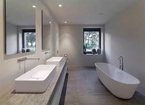 Badezimmer Mit Freistehender Badewanne : muschelkalk minimalistisch badezimmer stuttgart von cyrus ghanai ~ Bigdaddyawards.com Haus und Dekorationen