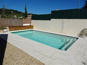 coque polyester kit acores france piscines composites nos With modele de piscine en beton