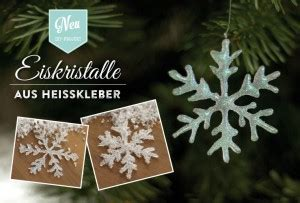 weihnachtsdeko basteln funkelnde eiskristalle aus heisskleber deko kitchen