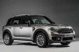 Mini Countryman S : all new 2017 mini countryman is bigger and tougher offers hybrid autotribute ~ Melissatoandfro.com Idées de Décoration