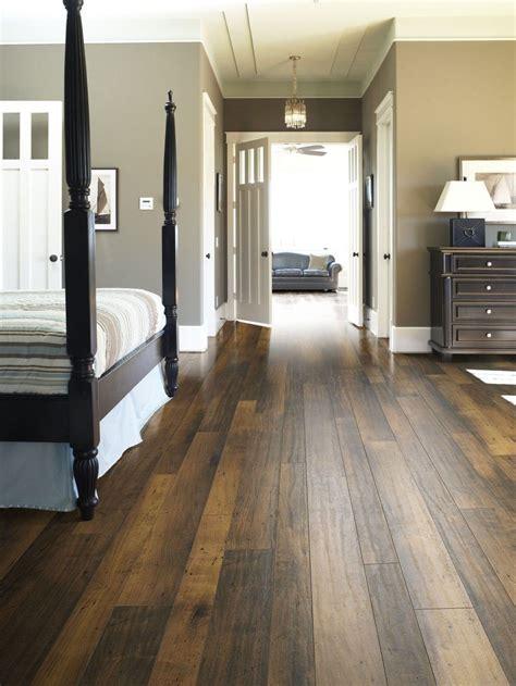 wood flooring ideas  trends   stunning bedroom