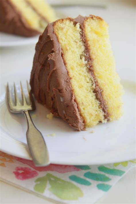 yellow cake with chocolate icing yellow cake chocolate sour frosting espresso and 1513