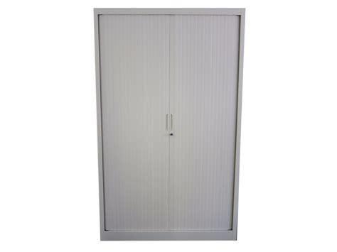 armoire de bureau occasion armoire métallique vestiaire occasion adopte un bureau