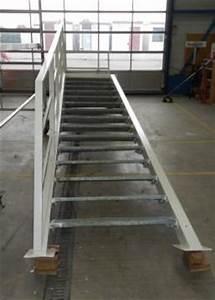 Prodám kovové schody