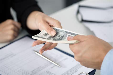 How Short Term Loans Help Business Find Fast Cash