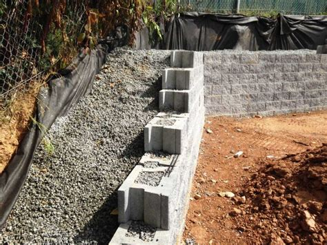 retaining concrete wall permeable concrete retaining wall cornerstone 100