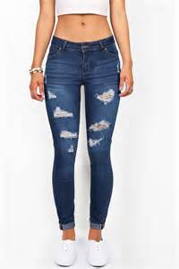 Cute Outfits with Ripped Denim Skinny Jeans