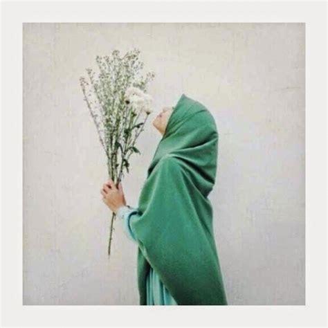11 Foto Muslimah Kartun Berhijab Syar I Yang Manis Banget 11 Foto Muslimah Berhijab Syar I Dari Belakang Yang