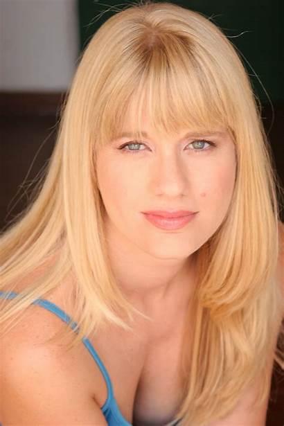 Melissa Coffey Headshot Subscribe Tweet Country
