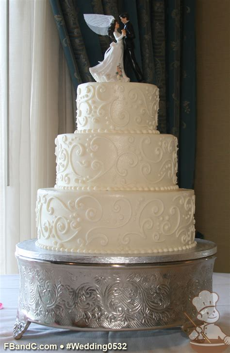 design  butter cream wedding cake