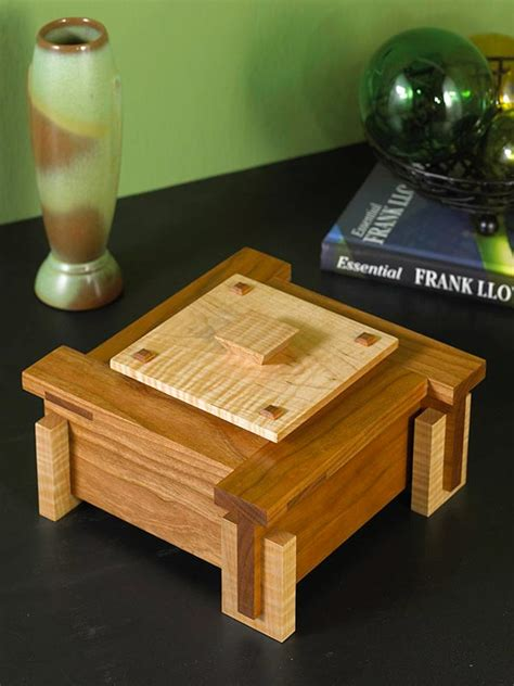 architectural keepsake box woodworking plan  wood magazine