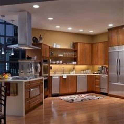 paint colors for kitchens with golden oak cabinets oak cabinets home and colors on 9876