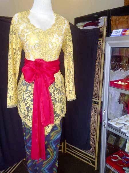 Make poplook.com your number one choice for muslimah baju kurung when you shop online. Gambar Baju Kebaya Adat Bali - Ceria Bulat m
