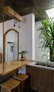 Tropical House Design with Interior Courtyard | Tropical ...