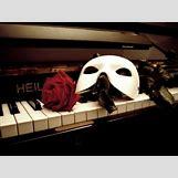 Gerard Butler Phantom Mask   500 x 375 jpeg 37kB