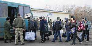 Ukraine and pro-Russian rebels swap prisoners before New Year