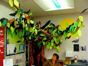 Jilleen-Of-All-Trades: Classroom Decorations with Miss T ...